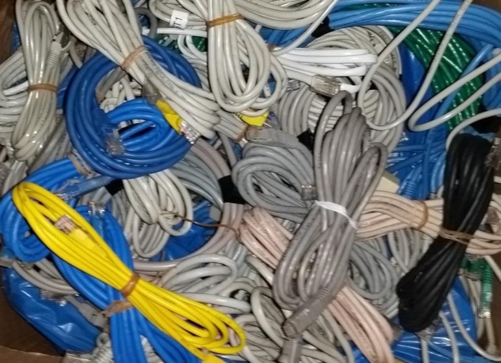 EXTNGO, No More Cable Mess