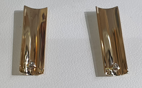 Concave Rectangular Earrings  with Diamonds (Small)