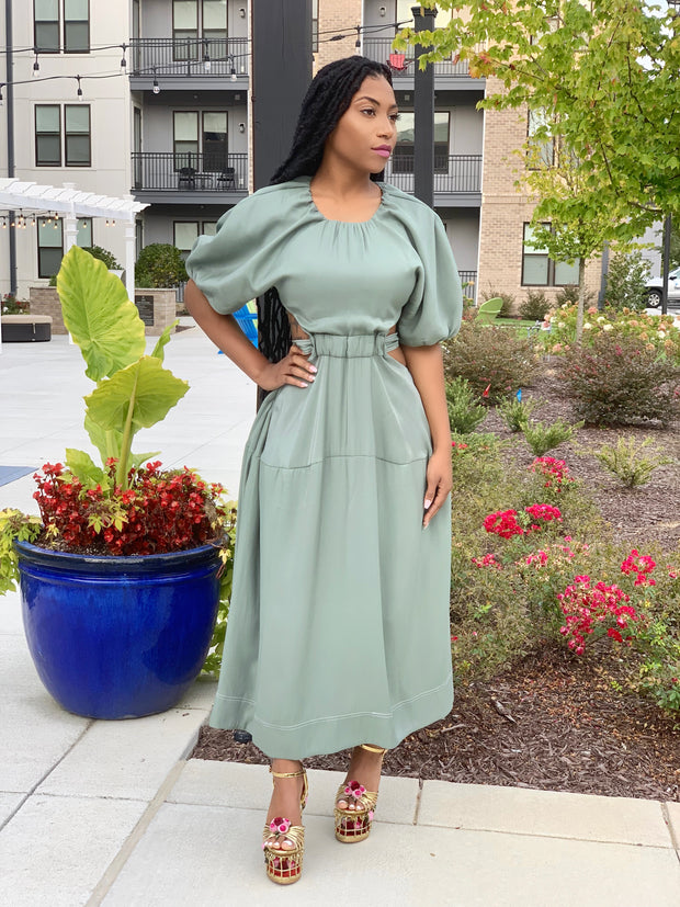 GOLDxTEAL cutout midi dress. Modern short sleeve waist cutout dress.