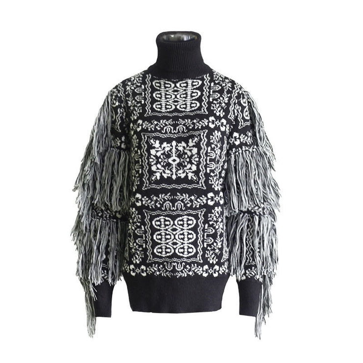 GOLDxTEAL Chica Fringe Sweater. Runway style black and white printed fringe sweater.