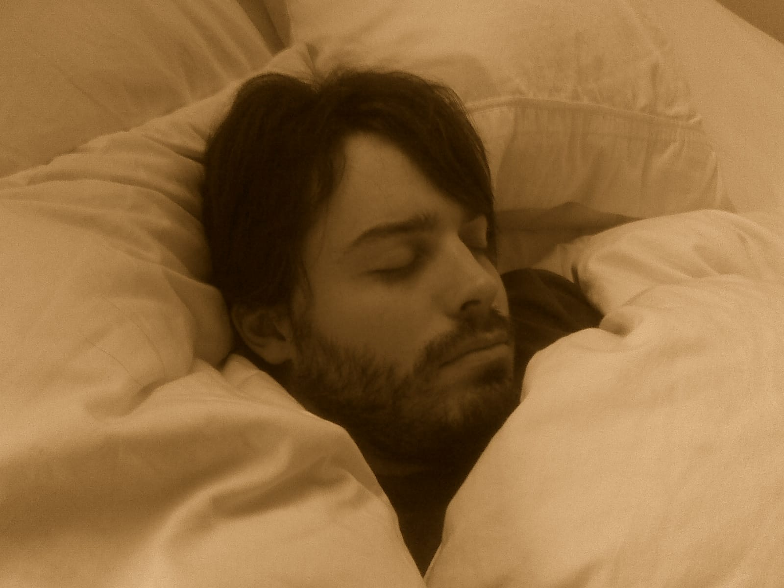 Sleeping_man_with_beard