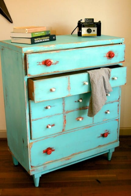 Distressed_finish_vintage_dresser
