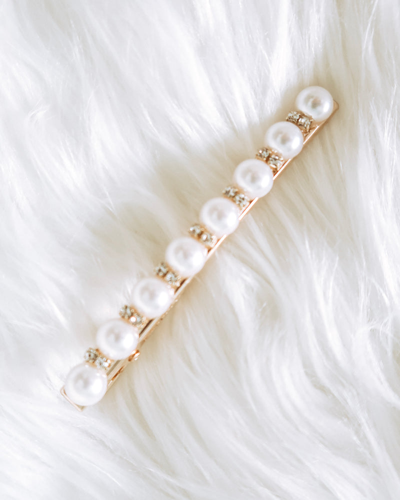 Camulet Pearl Hair Clip
