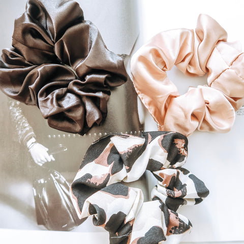 Neutral Babe Scrunchie