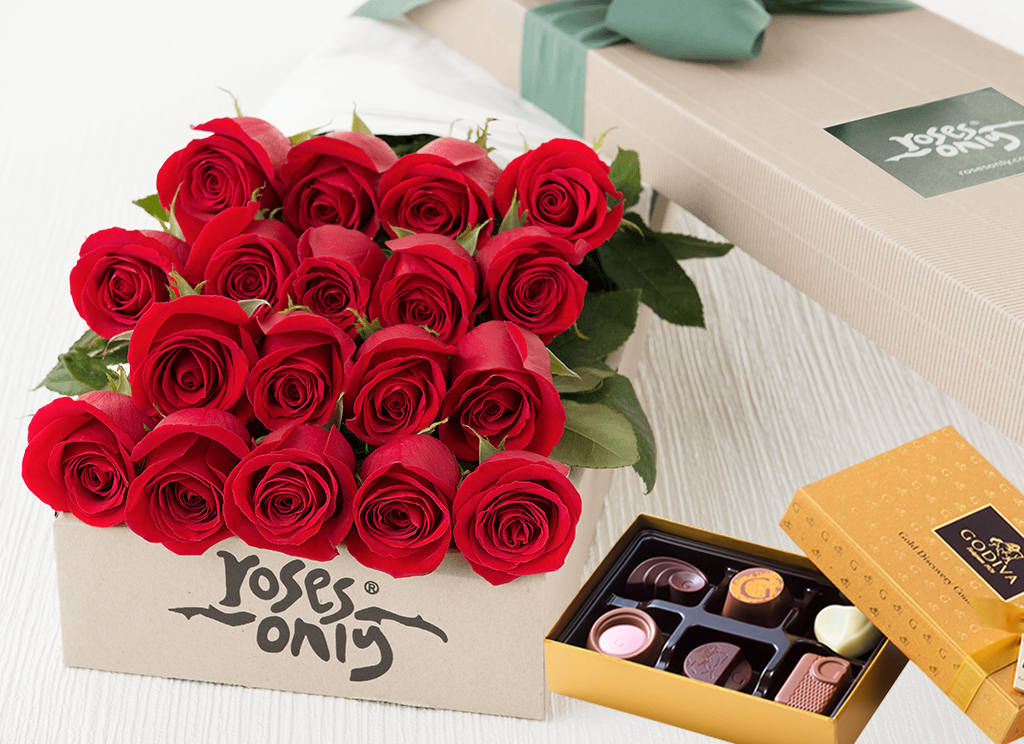 18 Valentines Red Roses & Gold Godiva (6PC) Chocolates