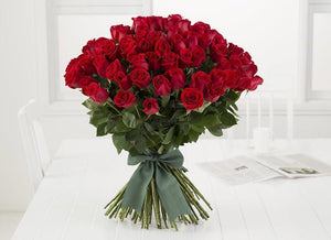 100 Red Roses Romantic Bouquet