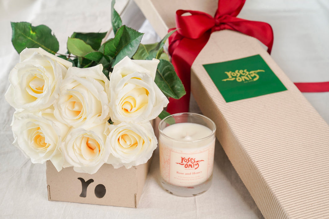 6 White Roses And Duft & Chandelle Soy Candle