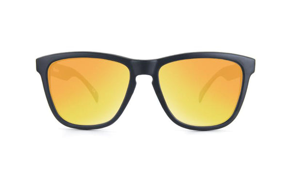 BLACK SUNSET - Knockaround Colombia