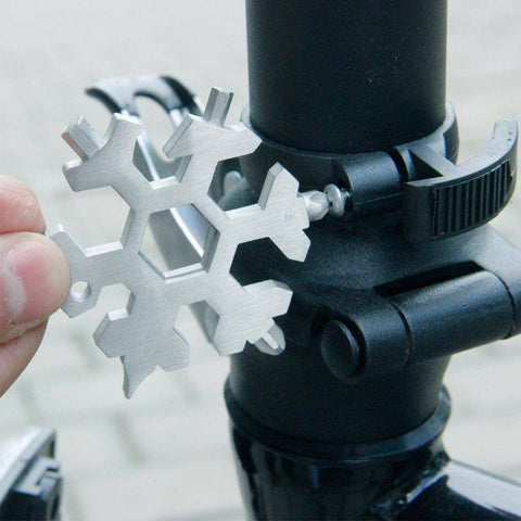 Outdoor Tools - 18-IN-1 STAINLESS STEEL SNOWFLAKES MULTI-TOOL