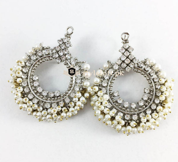 ANTIQUE WHITE PEARLS EARRINGS