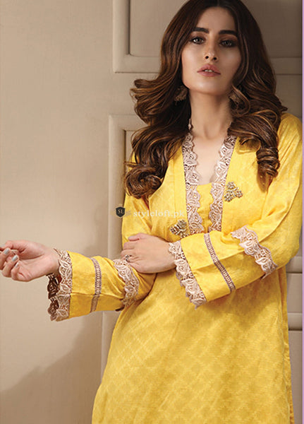 STYLE LOFT.PK Azure Embroidered Lawn 2Piece Suit AZU19CN MANGO YELLOW