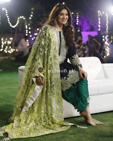 Beautiful outfit by Sanober Azfar Embroidered Lawn Unstitched 3Pc Dress