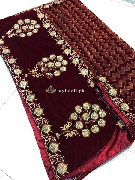 Nishat Winter Luxury Velvet Embroidered Shawl