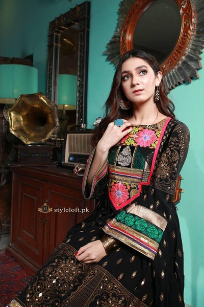 Zahra Ahmed Embroidered Lawn 3 Piece Suit ZS-1901