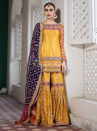 09b5f98a89 ... Zainab Chottani Wedding Collection 2019-Revayat ...