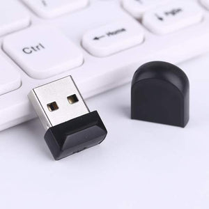 compact 32GB USB Stick 3
