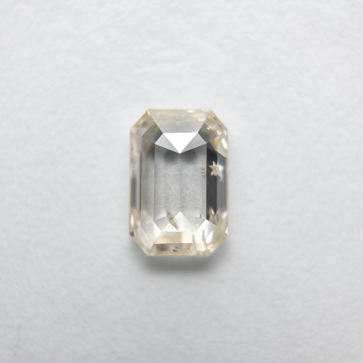 0.59ct 6.12x4.15x2.11mm Cut Corner Rectangle Rosecut 18090-22