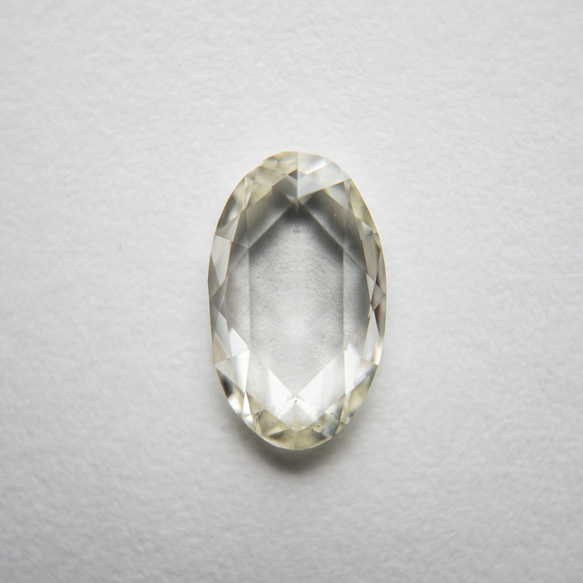 1.03ct 9.19x5.61x2.06mm SI1 L-M Oval Rosecut 18235-05