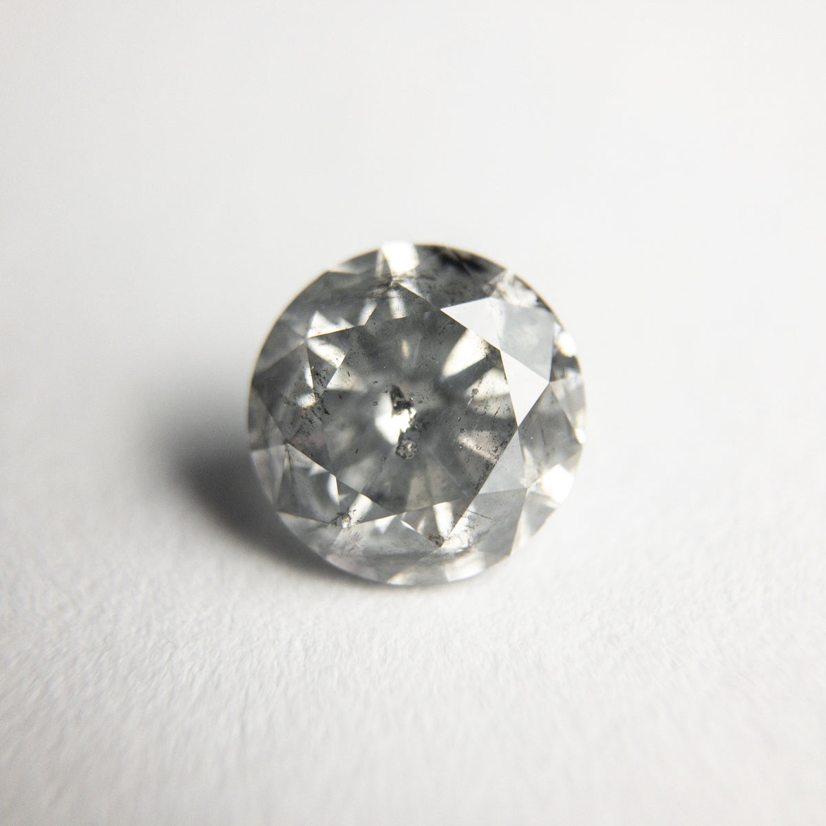 1.36ct 6.88x6.81x4.41mm Round Brilliant 18310-07