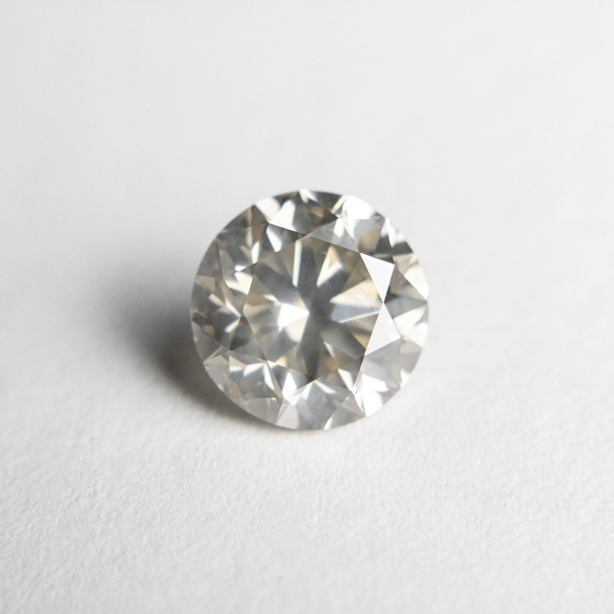 1.70ct 7.40x7.33x4.80mm SI2+ Round Brilliant 18479-01