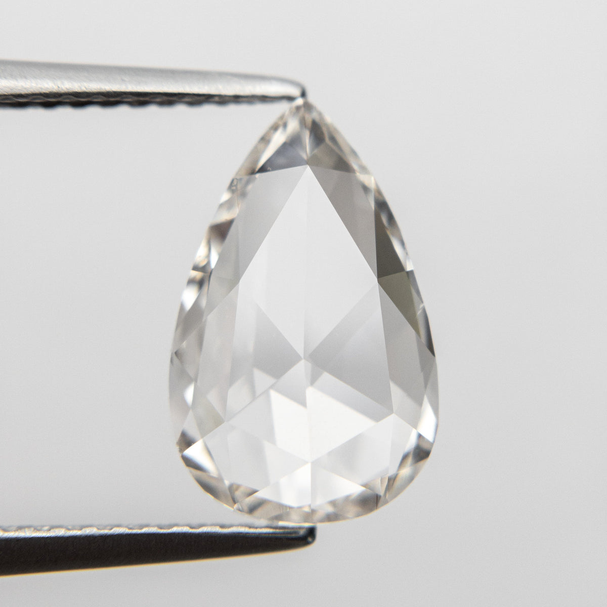 2.86ct 12.80x8.04x3.18mm VS2 K Pear Rosecut 18620-01