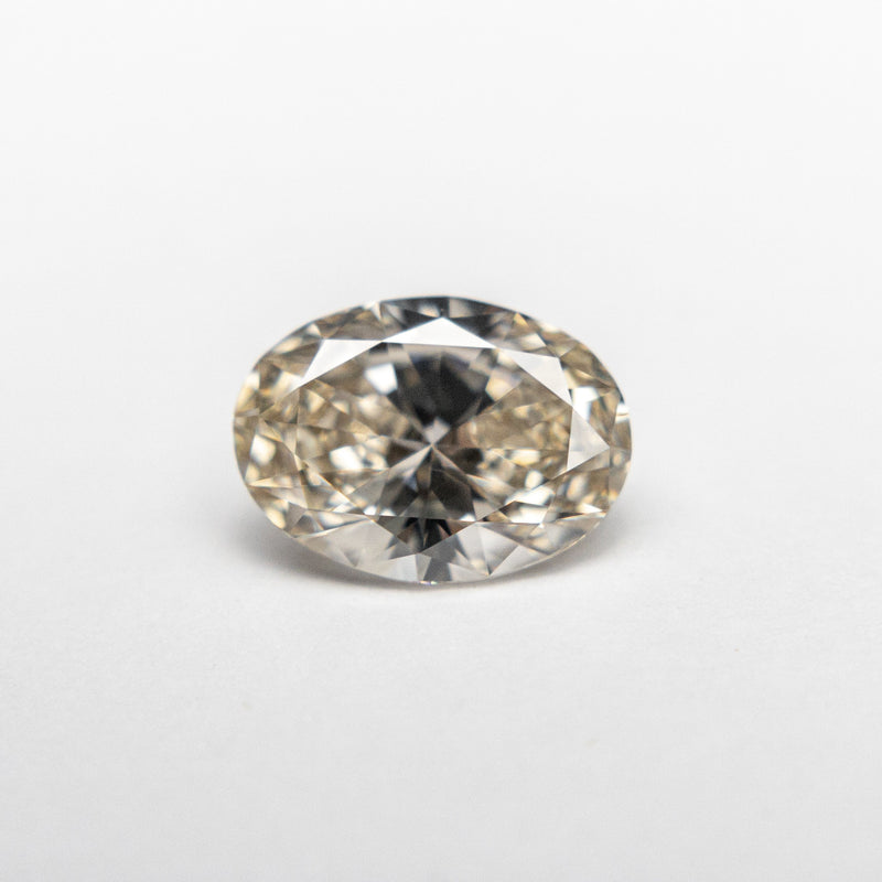 1.01ct 7.94x5.81x3.45mm VS Champagne Oval Brilliant 18891-01