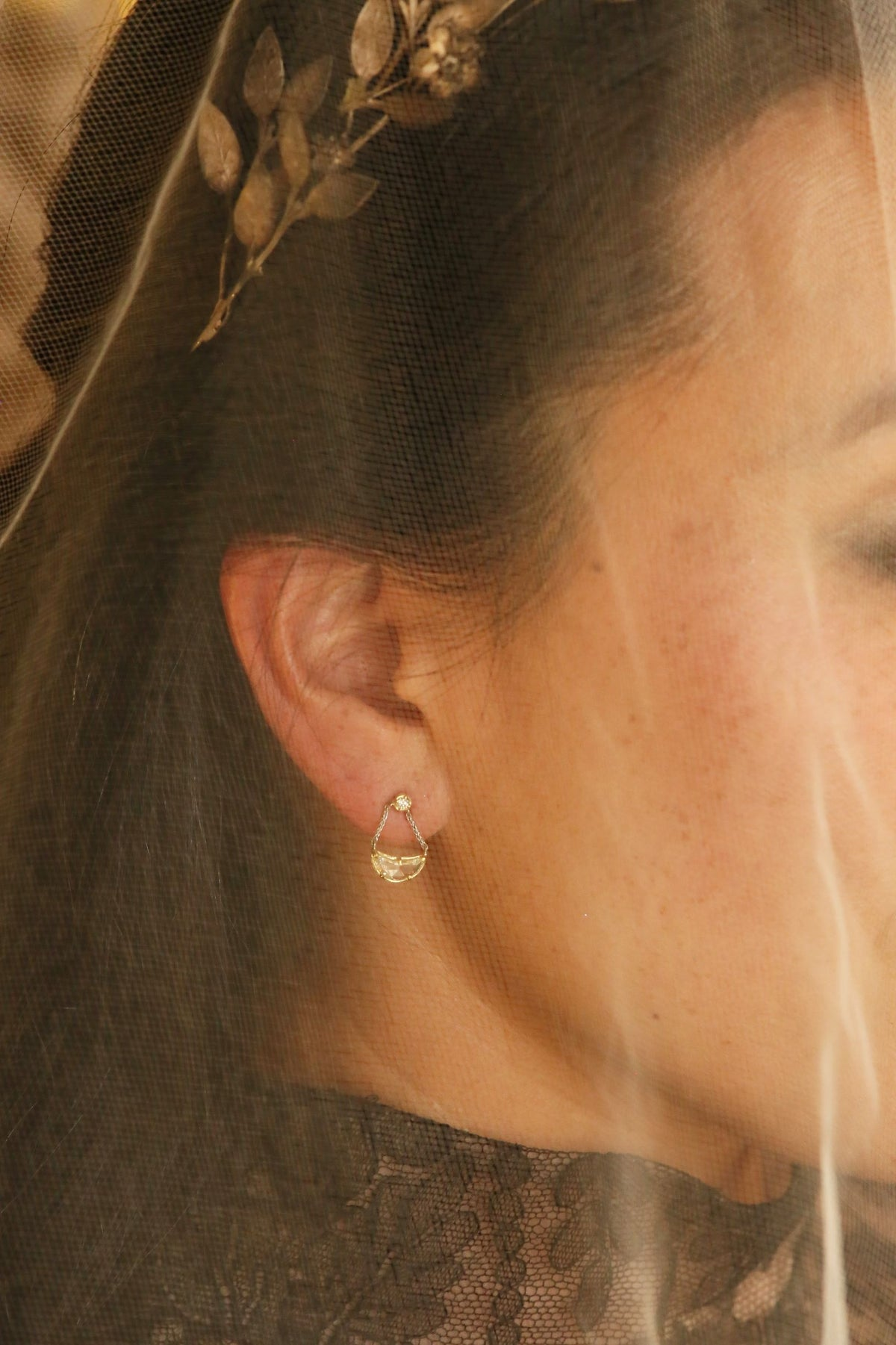 The Lune Single Earring