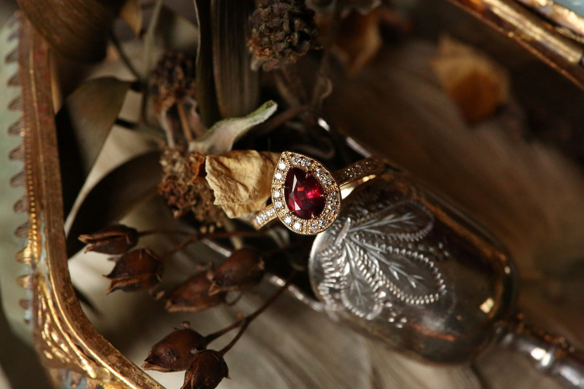 The Odalisque Ring