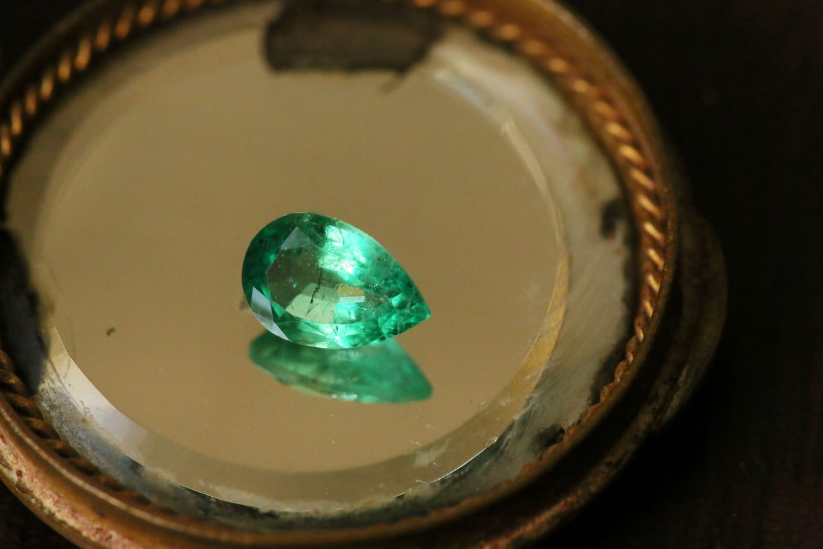 1.77 carat Pear Cut Green Emerald