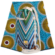 Load image into Gallery viewer, Ibora Beach Bag (Blue Zigzag) /blanket not included