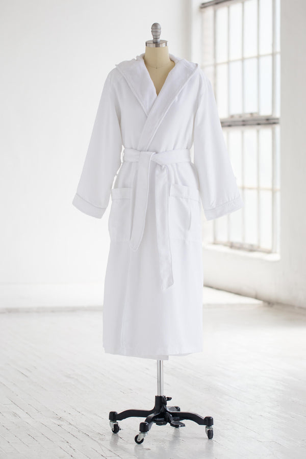 hooded medium weight classic microfiber luxury spa robe in white with plush liner
