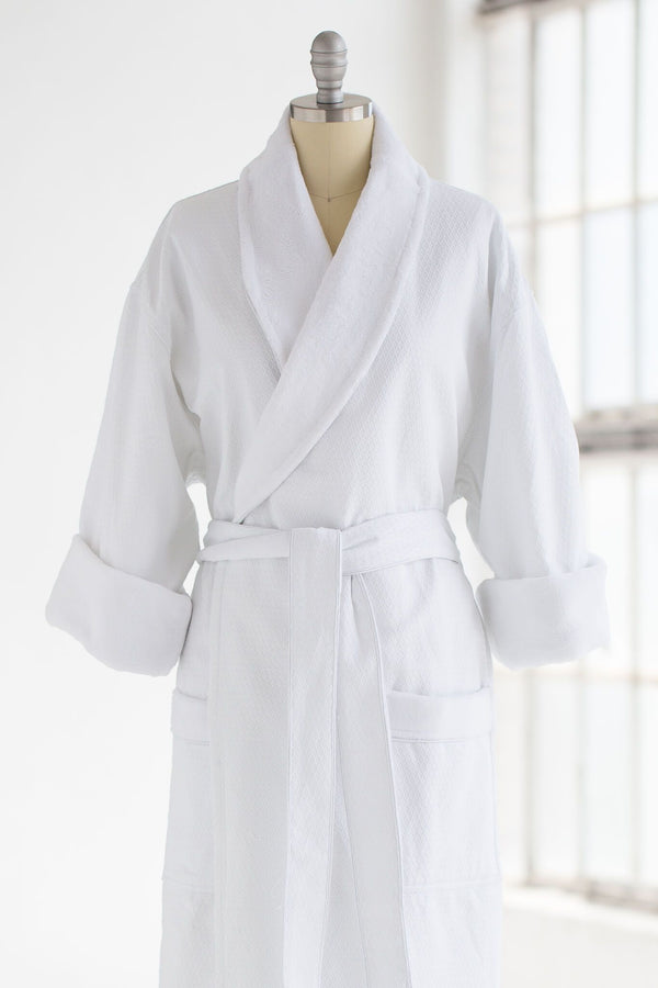 medium weight classic waffle luxury spa robe in white with plush liner