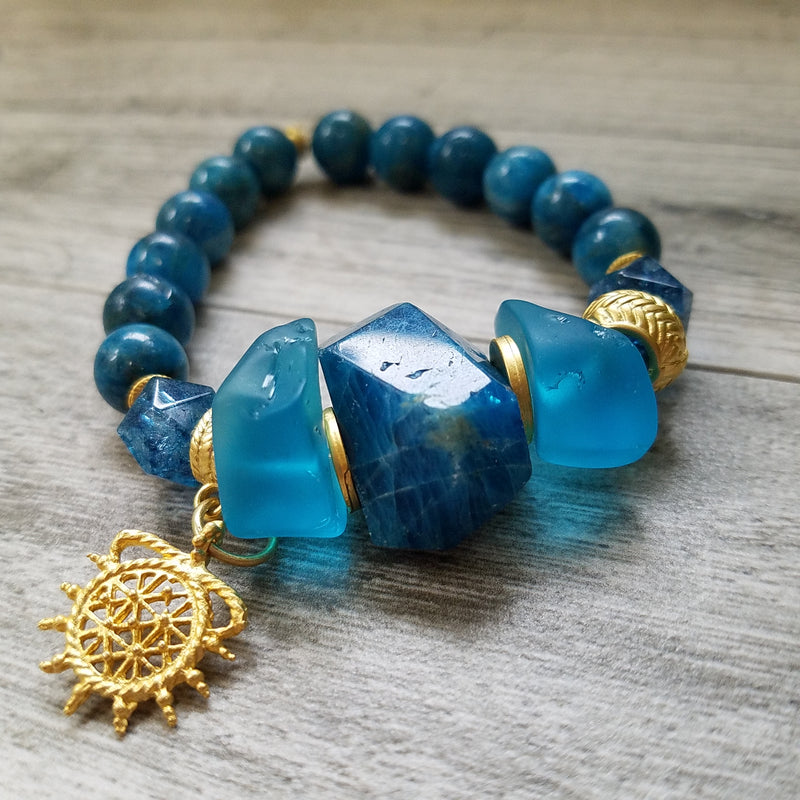 Gift of Joy: Exceptionally Beautiful Apatite bracelet