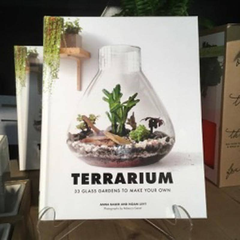 Terrarium: 33 Glass Gardens To Make Your Own-Home & Gift-Green Fresh Florals + Plants
