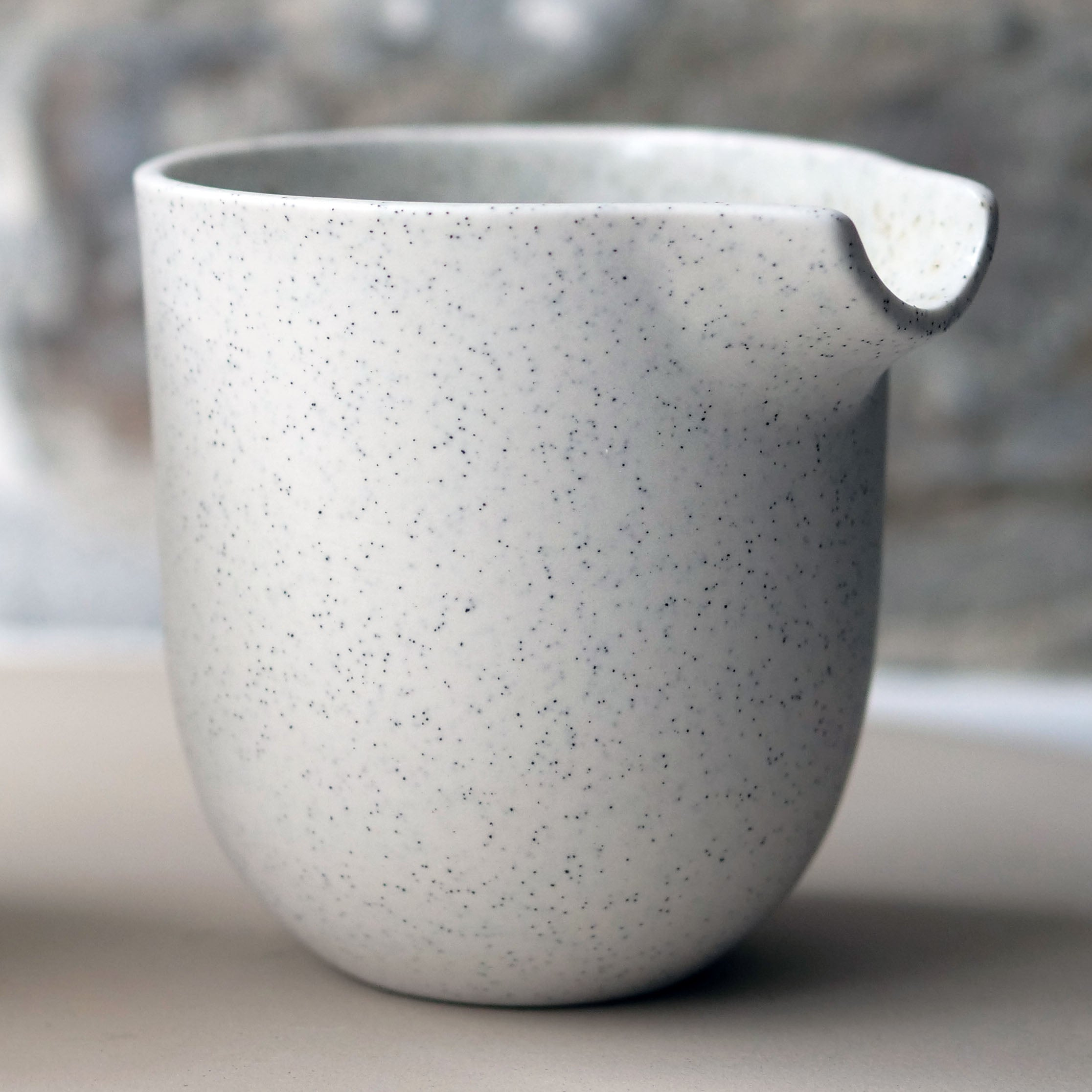 Jug, Light Stone Grey (medium)