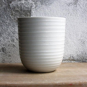 Coffee/Tea Cup, White w/ glazed stripes (400 ml)