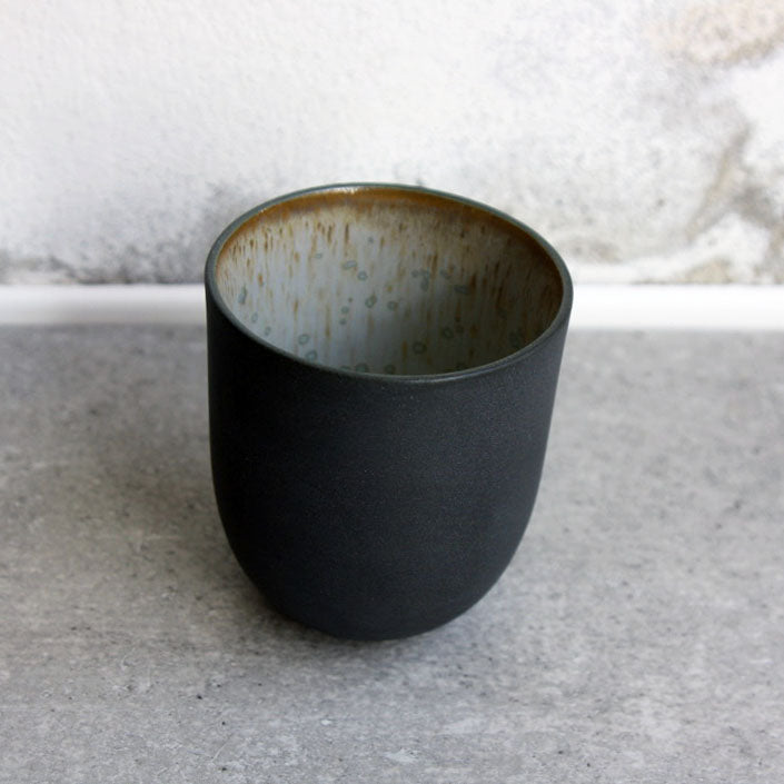 Coffee Cup, Black w/ crystal glaze (200 ml)