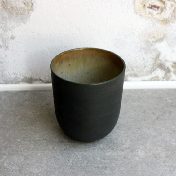 Coffe/Tea Cup, Black w/ crystal glaze (400 ml)