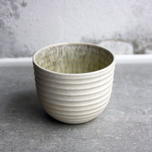Textured Cup, Warm light grey w/ crystal glaze (200 ml)