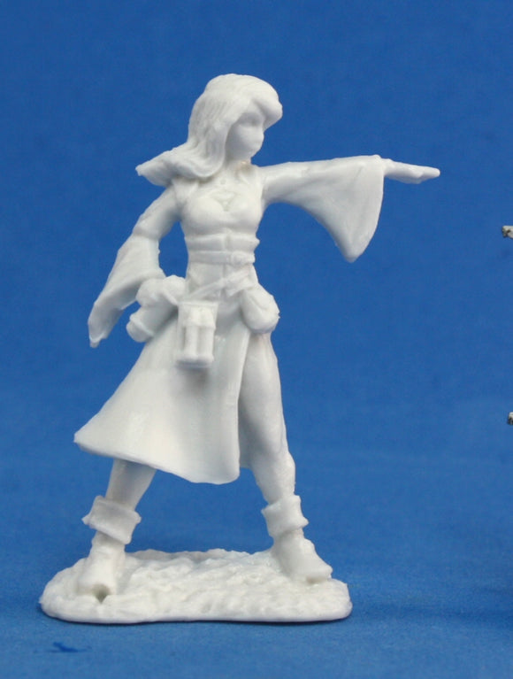 Reaper Bones: Juliette, Female Sorceress (77057)