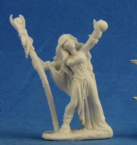 Reaper Bones: Sarah the Seeress (77210)