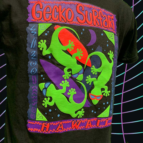 Gecko Surfari Black Tee (Adults) V2: DOUBLE PUFFED INK!