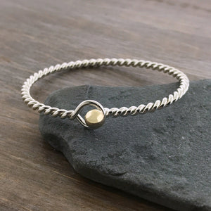 Thin Twist Hook Cape Cod Bracelet