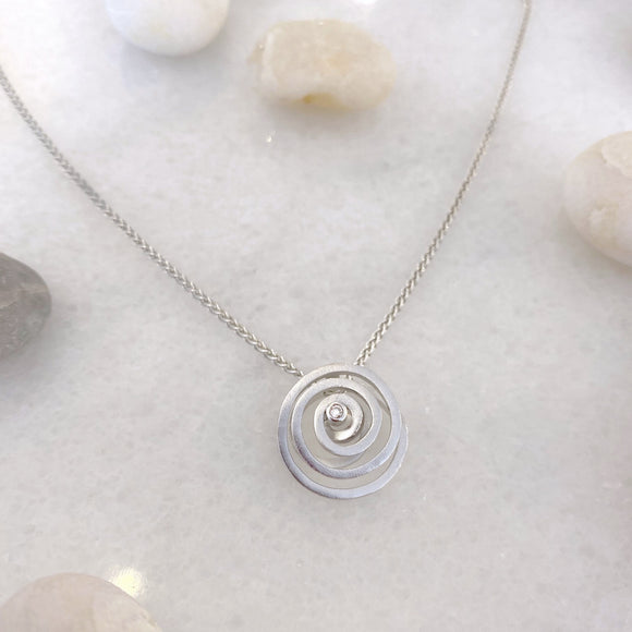 Diamond Endless Wave Necklace