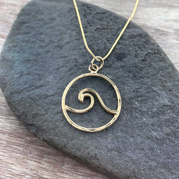Solid Gold Wave Necklace