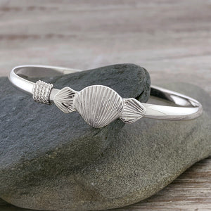 Scallop Shell Trio Bracelet