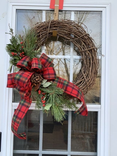 Grapevine Virtual Wreath Workshop- Dec 5th at 1pm.