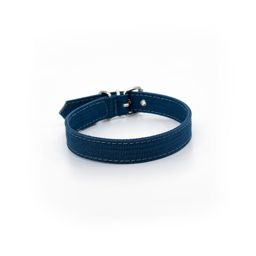Blue dog collar fabric made from recycled plastic bottles project blu zambezi