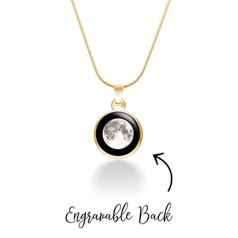 engravable-moon-luxury-necklace-in-gold