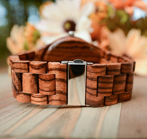 UD Personalized/Engraved Dark Round Wooden Watch With Natural Wood Face